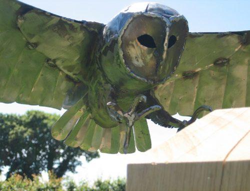 Landing Barn Owl – stainless steel