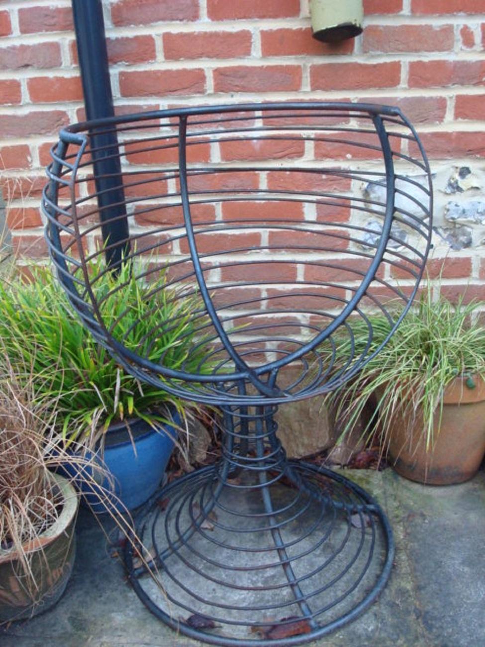 Garden Chairs & Benches