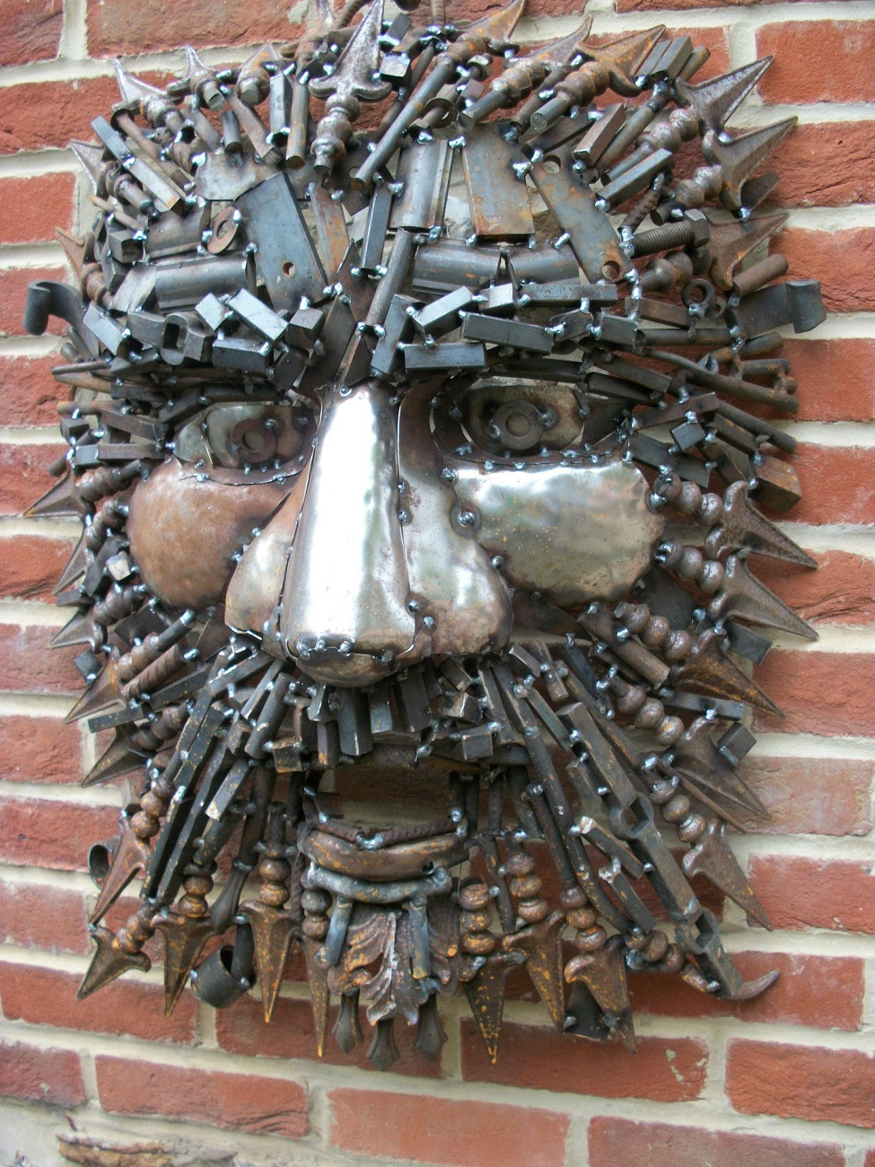 Green Man – scrap metal – mounted wall/tree