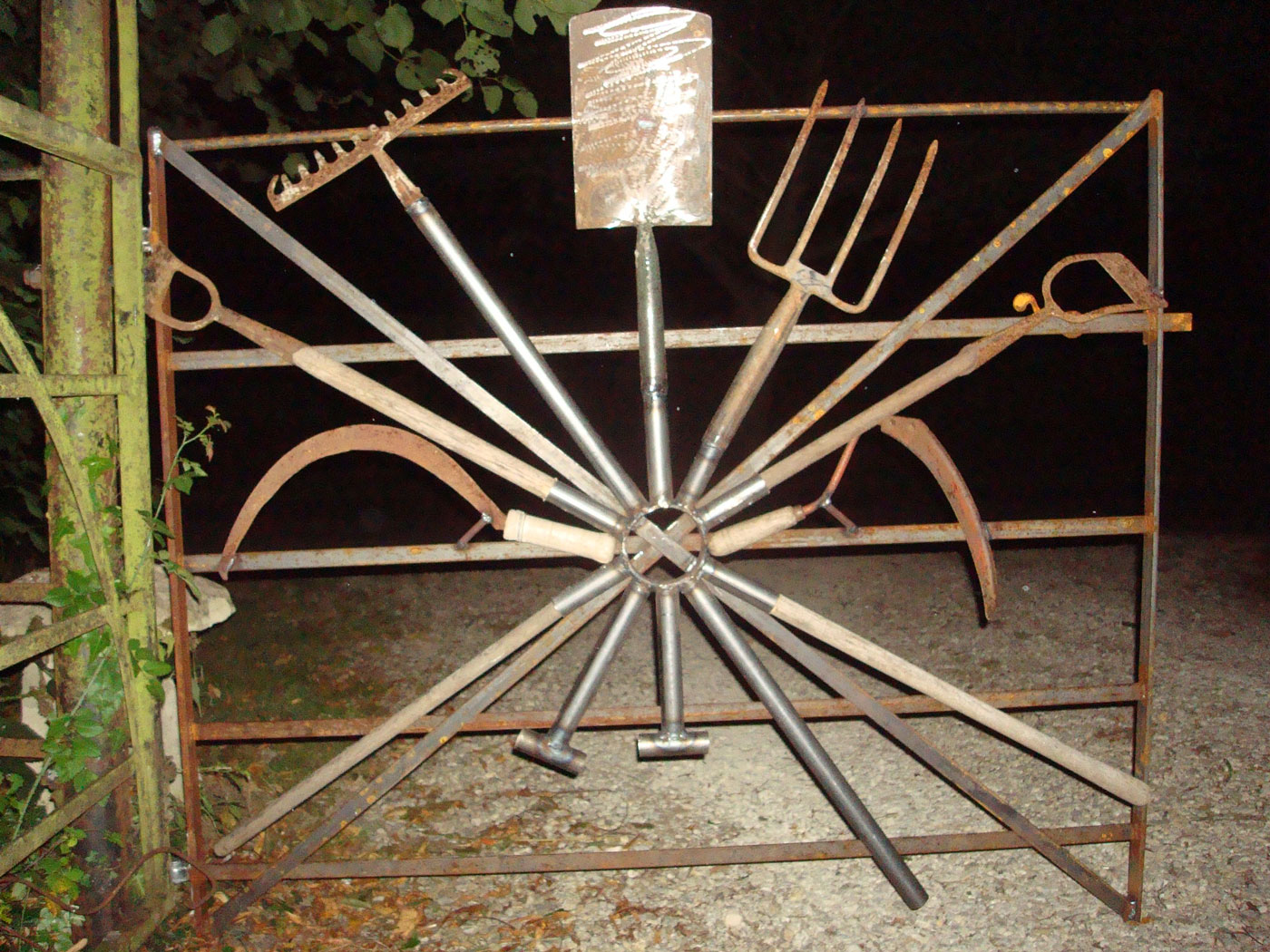 Garden Tool Gate - Burghclere, Hampshire