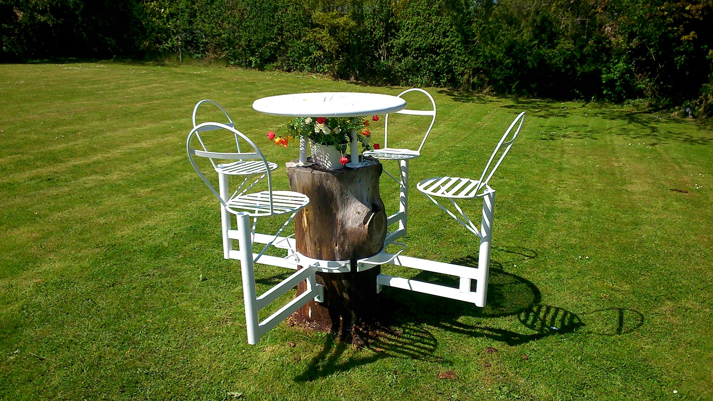 Cocktail Table & Chairs (over tree stump)